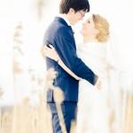 Kärlek så in i vassen | Emelie och Joakim - Foto: Viktor Sundberg