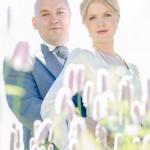 Brudpar i motljus | Marie och Patrik - Foto: Viktor Sundberg