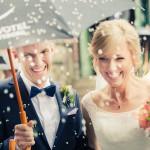 Bröllopsgratulationer och riskastning - Foto: Viktor Sundberg