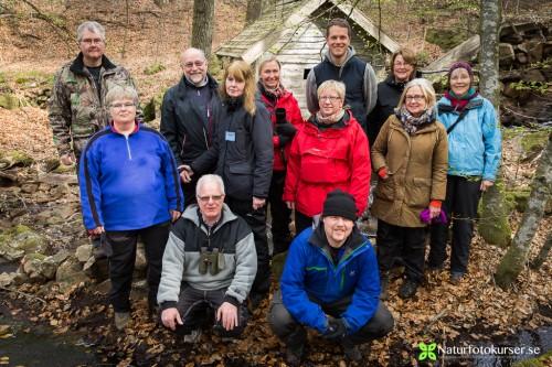 Glada kursdeltagare på naturfotokurs