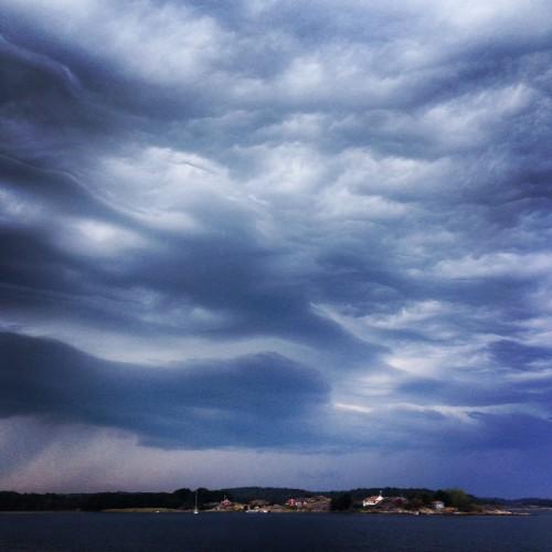 Moln över Björnsundsfjorden - Foto: Viktor Sundberg